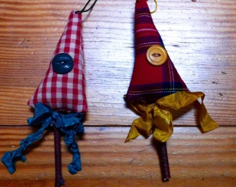 2 Primitive style christmas tree ornaments