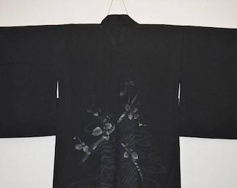 Beautiful Black see through Kimono Jacket Z90e - Tsunami and Grape