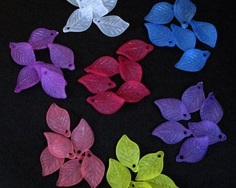 28pc - 19mm Frosted MATTE 7 Color Mix Leaf Accent Dangle Charm Pendant Beads