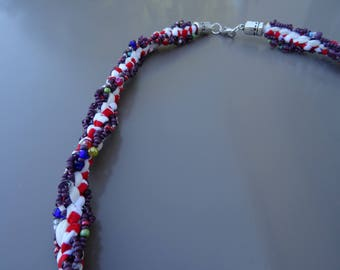 Groseille kumihimo necklace