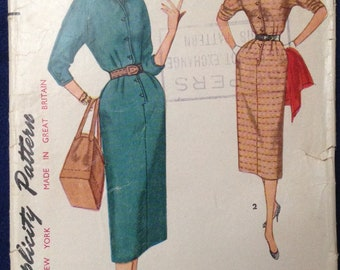 Vintage misses one piece dress sewing pattern Simplicity 4807 Sz 14 1960s mid century
