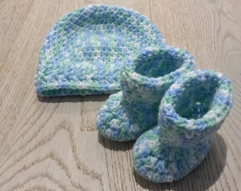 Crochet baby beanie & booties | ready to ship