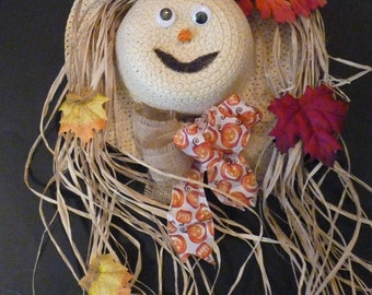 Halloween wreath. Scarecrow wreath. Scarecrow hat decor. Fall decor. Scarecrow.