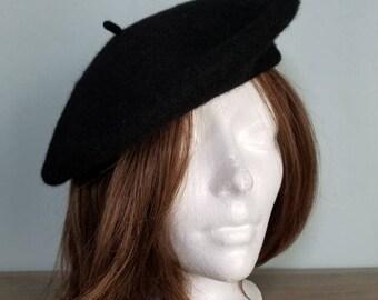 A timeless classic. Black wool beret.