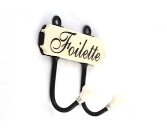 Madame Claudette Toilette French Hooks
