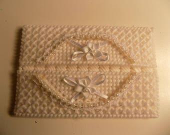 White Elegance Pocket Tissue Holder