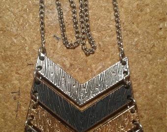 Metal chevron necklace