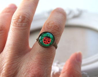 Cute ladybug ring  feminine sweet cute kawaii retro vintage red green nature