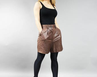 Vintage Soft Leather Brown Shorts . 90s Grunge High Waist Baggy Grunge Shorts . Urban Midi Soft Leather Trousers . Boho Short Pants . Size S