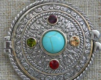 Ornate locket pendant necklace choker