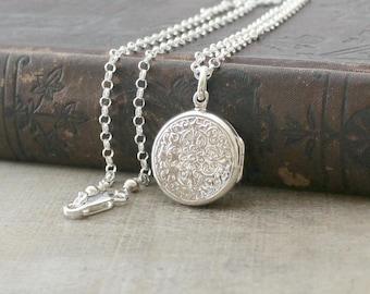 Silver Round Locket Necklace, Sterling Silver Locket Pendant, Personalize Locket, Customize Locket, Modern Silver Photo Locket, Push Gift