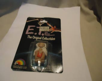 Vintage 1982 E.T. The Original Collectable Figurine in Sealed Package, collectable