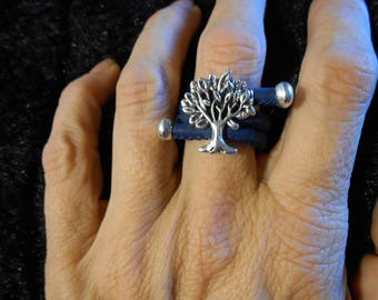 Adjustable cork tree of life rings