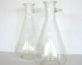 Large Pyrex chemistry beaker. Glass labware, science equipment, flower vase, mad scientist decor, 4000 ml, huge glass beaker, flask, bottle