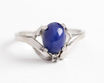 Sale - Vintage Cabochon Ring - 10k White Gold Created Star Sapphire Genuine Diamond - Size 6 Retro Oval Blue September Birthstone Jewelry