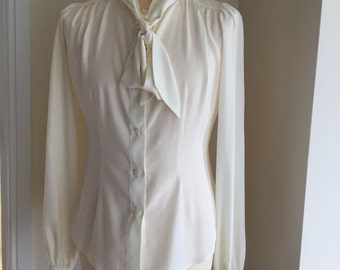 Ladies 1940's reproduction blouse (fitted)