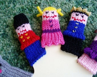 Nutcracker Finger Puppet Set (Includes Mouse King, Nutcracker, Clara, Prince, and Sugar Plum Fairy.) We can create custom orders.