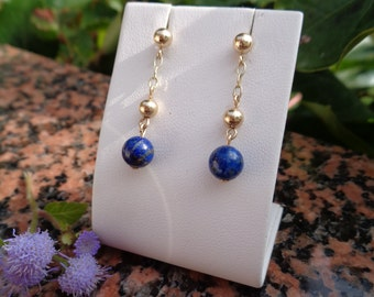 Earrings in 585-er gold with lapis lazuli, gold stud earrings