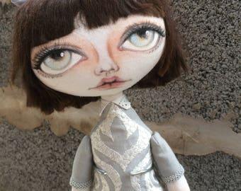 Poupée ooak fait main, poupée de chiffon, art textile, sculpture souple, un d'une sorte de poupée, poupée d'art, Gigi