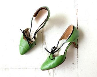Vintage 50s Heels / Capezio Shoes / Spring Green Pumps / 1950s Shoes / Size 6 1/2