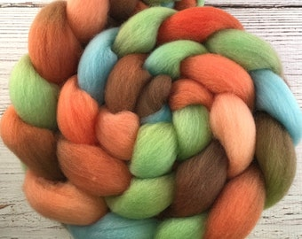 Handpainted Falkland Wool Roving - 4 oz. CYNDI'S SUITCASE - Spinning Fiber