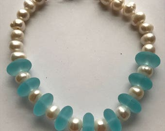 Bracelet Pearls and Glass