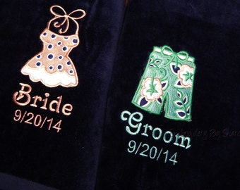 Mr and Mrs Beach towel, Bride Beach towel, Monogram Beach towel, Personalized His & Hers Beach Towel -Wedding shower Gifts -Custom Towels