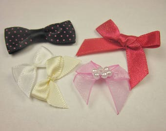 5 bows in fabric with pattern 23 x 34 mm approx - (BD7