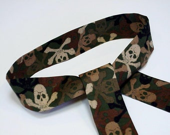 Camouflage Neck Cooler, Skulls Crossbones Bandana Headband Wrap, Stay COOL Tie Body Head Heat Relief Hunters Cooling Band, Reusable iycbrand