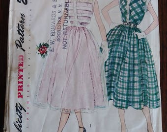 Simplicity 3252 1950s Pleated Bodice Day Dress Size 16 Bust 34
