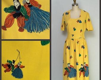 1940s dress / 40s Dress / Vintage 1940s novelty print mop dolls dress