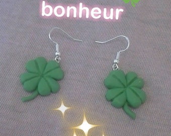 These Fimo 4 leaf clover earrings