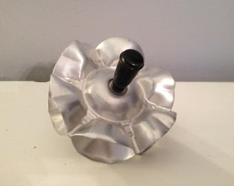 VINTAGE ALUMINUM ROLLING Cookie, Pastry or Pasta Cutter