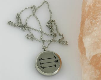 Arrow Diffuser Necklace - Aromatherapy Direction Travel Wanderlust Essential Oil Diffusing Locket Mothers Day Birthday Gifts for Her