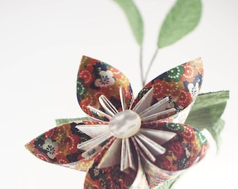 Kusudama flower arrangement