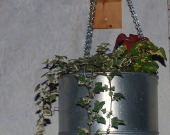 "9"" Galvanized steel funnel hanging planter"