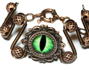 Dungeons and dragons Jewelry - Bracelet - Green dragon eye