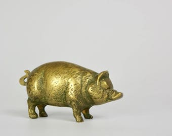 Vintage Brass Pig, Brass Animal Paperweight, Midcentury Modern Metal Decor,Desk Toy Pig,Small Whimsical Pig,American Farm Kitchen Decoration