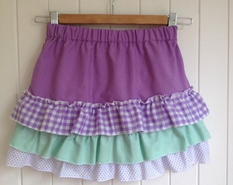 Size 6 Summer Skirt with pretty flounces.