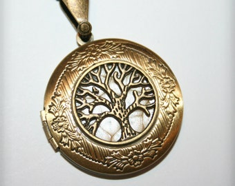 Bronze Locket Necklace with Tree of life  - Wedding Birthday Bridesmaids Gift-Locket Personalized Jewelry Family Locket