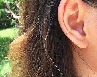 Gold ear cuff, rose gold ear cuff, fake conch piercing, fake conch earring, ear jacket, silver conch pierce, clip on ear cuff, fake ear cuff