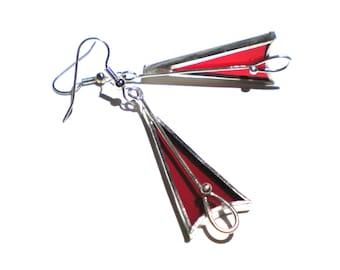 Scarlet Türme - Glasmalerei-Ohrringe - langen roten Dreieck Frauen Zubehör leicht Schmuck nickelfrei Haken (sofort lieferbar)