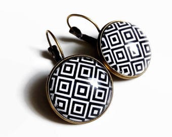 Stud Earrings * black and white geometry * square diamond geometric black and white glass cabochon