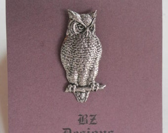 Owl Brooch - Owl Pin - Matte Antique Silver or Matte Antique Gold
