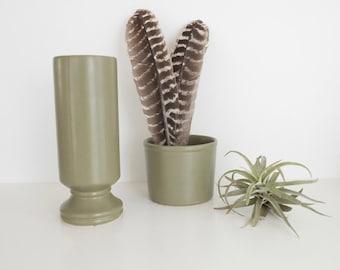 Pair McCoy Roseville Floraline Florist Vases, Floraline 412 , Floraline 310, Sage Green, USA Pottery. McCoy Sage Green, Vintage  Vases
