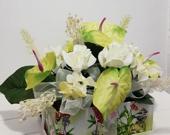 Gift box of flowers