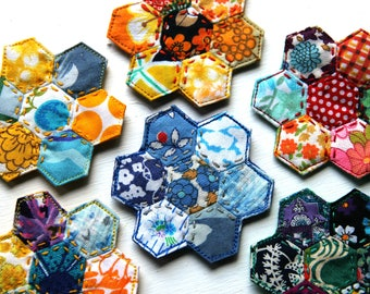 Vintage fabric mini hexie flowers: wear as a brooch, necklace or hair clip (you choose)