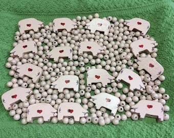 """18 Pink Painted Wood Pigs w/ Hearts 1/4"""" Beads Craft Supplies"""