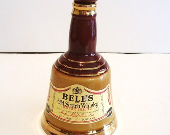 Wade Decanter Bells Old Scotch Whisky Bell Shape Perth Scotland