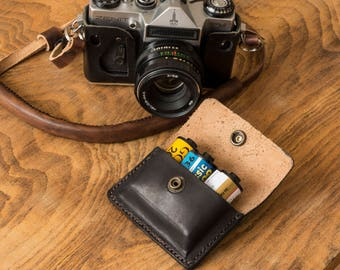 Leather - 35 mm Film Pouch (case)